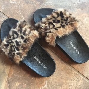 Steve Madden • Softey • Animal Print Fuzzy Slide